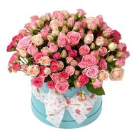 Shrub roses in the box - flowers and bouquets on vambuket.com