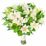 Bouquet of flowers from 4 lilies and 11 roses - flowers and bouquets on vambuket.com