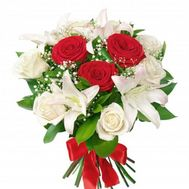 Bouquet of flowers from 9 roses and 2 lilies - flowers and bouquets on vambuket.com