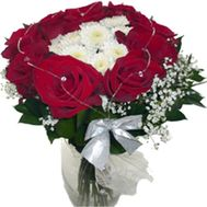 Bouquet of flowers of red roses and white chrysanthemums - flowers and bouquets on vambuket.com