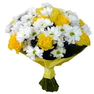 Bouquet of 11 roses and 6 chrysanthemums - flowers and bouquets on vambuket.com