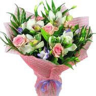 Bouquet of flowers from 5 roses, 4 orchids and 6 alstroemerias - flowers and bouquets on vambuket.com