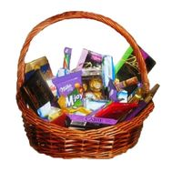 Basket of sweets - flowers and bouquets on vambuket.com