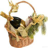 Корзинка с шампанским на Новый год - цветы и букеты на vambuket.com