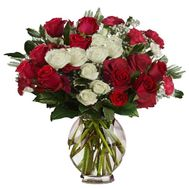 New Year bouquet of roses and spruce branches - flowers and bouquets on vambuket.com