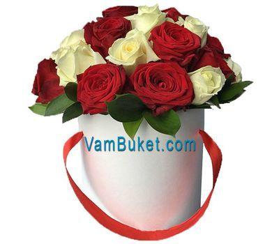 """""""Коробка из красных и белых роз"""" в интернет-магазине цветов vambuket.com"""