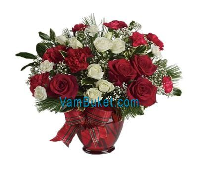 """New Year bouquet of roses and spruce"" in the online flower shop vambuket.com"